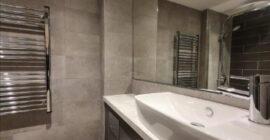 2012 bathroom2-lowres